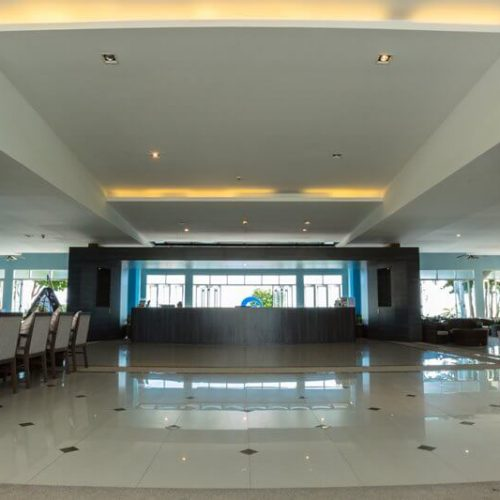 Royal Phala Cliff Beach Resort & Spa : Lobby